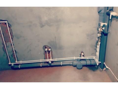 Прокладке труб водоснабжения и канализации